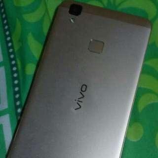 Phone brand: VIVO V3
