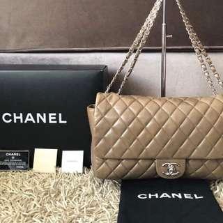 Chanel paris shanghai coco rain