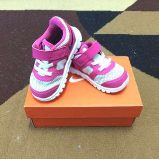 Nike Flex Shoes Size 5c