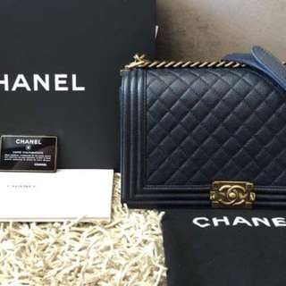 Chanel boy flap medium