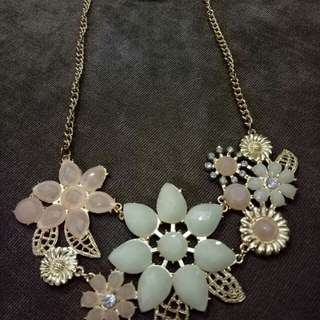 Necklace per set