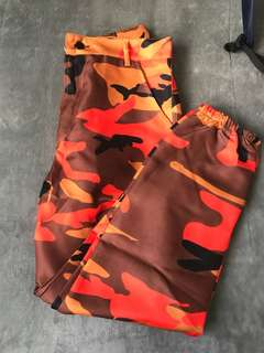 Camo pants *price inc post