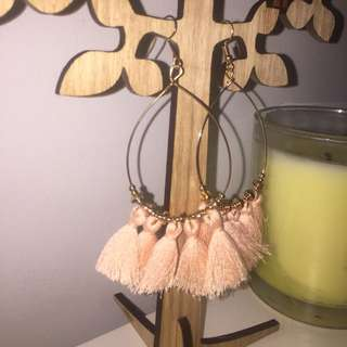 Peach dangly tassel earrings