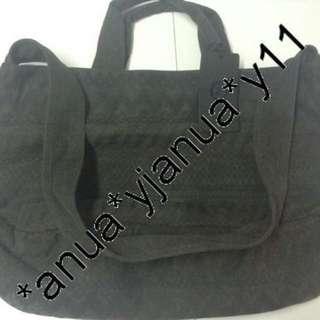 (新品) 最後劈價 $700 Agnes B Sport B 黑色麻布大袋 可手挽 可斜揹 男女可用