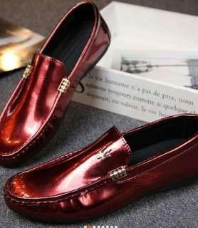 Men patent leather shoes