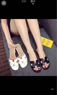 [P.O] Ladies Slip-On Sandal