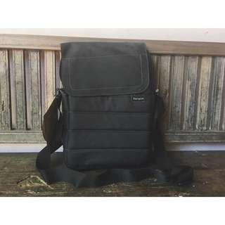 Targus Emerald Green Messenger Bag