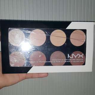 Nyx Contour and Highlighter Palette