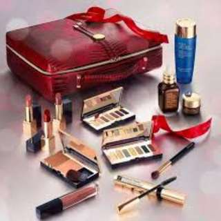 ESTEE LAUDER BLOCKBUSTER COLLECTION GIFT SET
