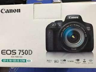 Canon EOS 750D + extra lens