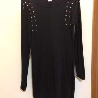 黑色窩釘連身裙