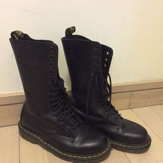 Dr Marten high ankle boots
