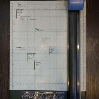 Paper Trimmer/Cutter