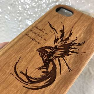 Wood cases for Samsung and iPhone