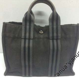 (二手品) 最後劈價 $599 真品 Hermes Canvas Gery black Tote Hand Bag 全場最平真品