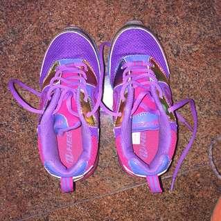 Heelys on wheels shoes