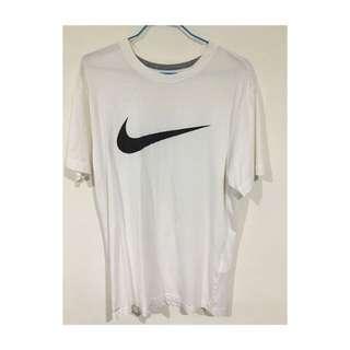 Nike 白色短袖T恤 swoosh