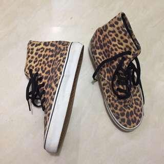 Vans leopard high cut