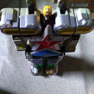 Toy Robot (Power Rangers Zeo Megazord)