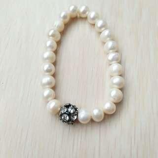 Hanaru Park Bracelet Pearl