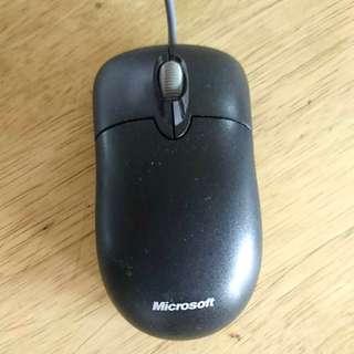 Microsoft Mouse (USB)