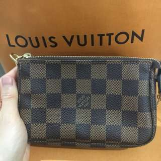 💯 authentic Louis Vuitton Mini Pochette Accessoires