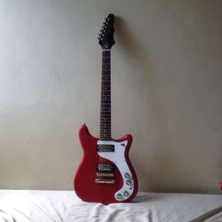 red worn wilshire reissue with hard guitar case