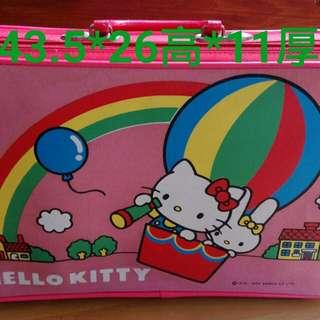🚚 Kitty 早期小提箱