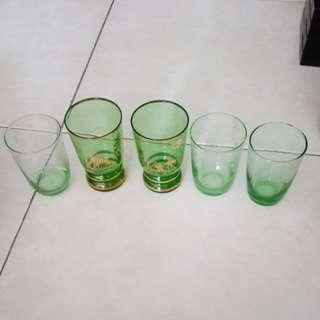 Vintage thin glasses ( 5 nos)