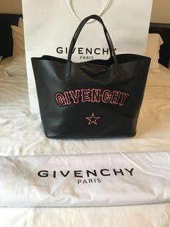 Givenchy gothic Tote