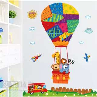 Animal cartoon hot air balloon children bedroom bedroom decorative stickers wall stickers/Home Decor