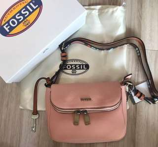 FOSSIL Preston Flap Crossbody (Heritage Blush)