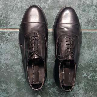 Florsheim Black Leather Oxfords