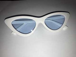 Retro White Frame Blue Lens Retro Sunnies / Sunglasse / Shades