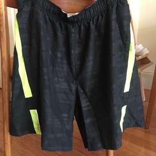 Nike Dri-Fit Running shorts Mediun