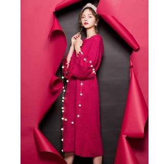 全新轉賣-AIR SPACE-冬日輕甜-立體流蘇毛球滾邊點綴寬袖針織長洋裝/長袖毛衣/長袖洋裝