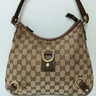 TAS GUCCI D-RING MEDIUM HOBO WITH DEFECT
