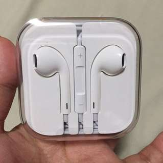 Mac apple earphones