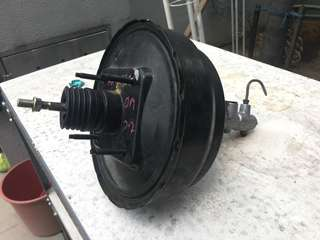 Harrier MCU15 2.2/3.0 brake servo pump/brake booster
