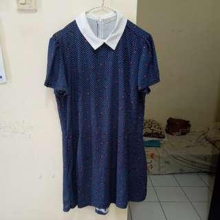 Jumpsuite berbentuk dress