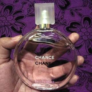 On hand : Chanel Chance (women)