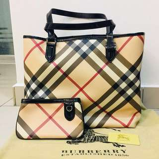 Price reduced%Authentic Burberry Large Tote
