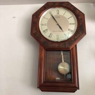 Pre-loved Seiko Quartz Westminster Whittington Wall Clock