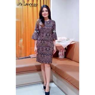 Kode pesanan : BIANCA DRESS BATIK  idr 95.000 bahan : katun batik streght  LD : 88-94 P : 90 warna : navy,black,brown