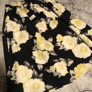Floral midi skirt BNWT