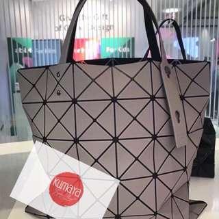 2018 Bao Bao lucent twill 6x6 啞面米灰色 日本代購