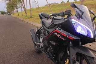 Yamaha R15 black 2015