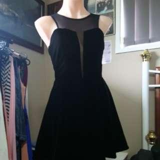 Mooloola dress velvet