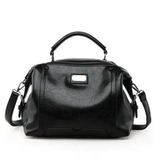 Woman Vintage Sling Bag 女士复古时尚手提斜挎包百搭时尚单肩女包