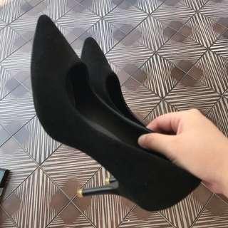 Size 37 Black Heels